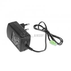 Chargeur de batteries NiCd / NiMh